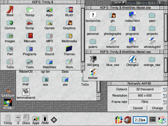 What looks like a RISC OS 3.8 desktop...